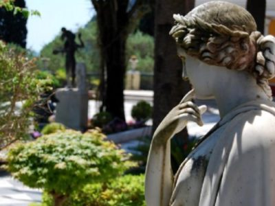 One line at a time: Creative Writing & Poetry Course (one week course in Corfu)